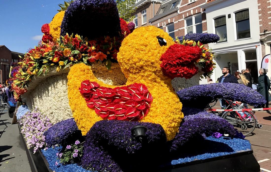 утка из цветов