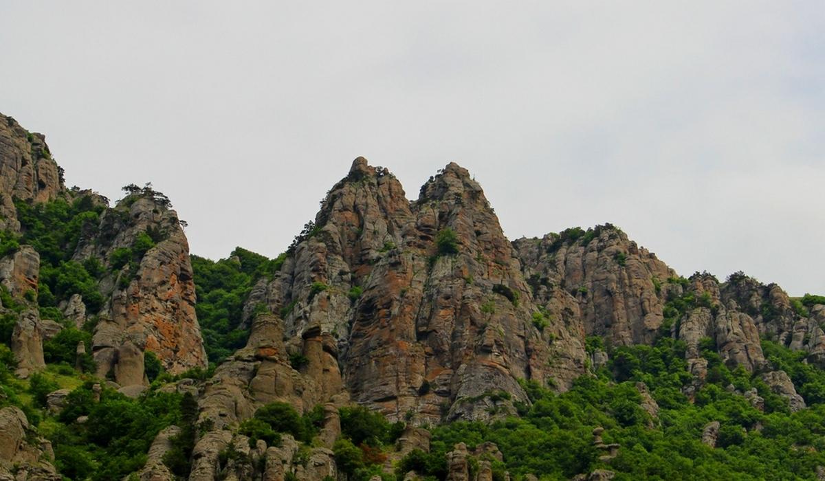 Женская грудь - долина привидений