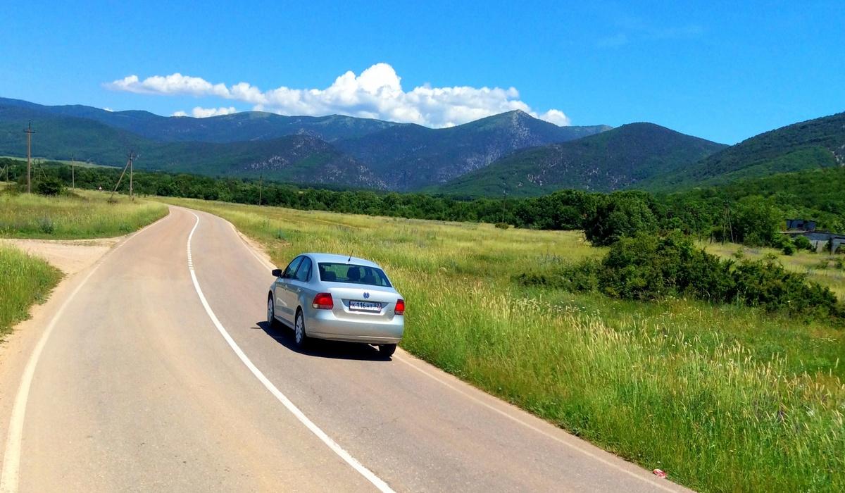 Дорога по Байдарской долине